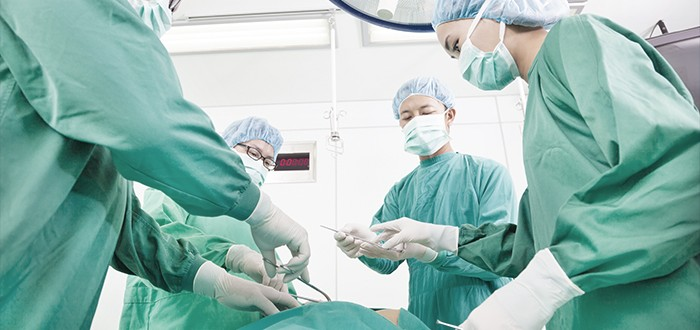 Surgery OK for Some Mesothelioma Patients Over 70
